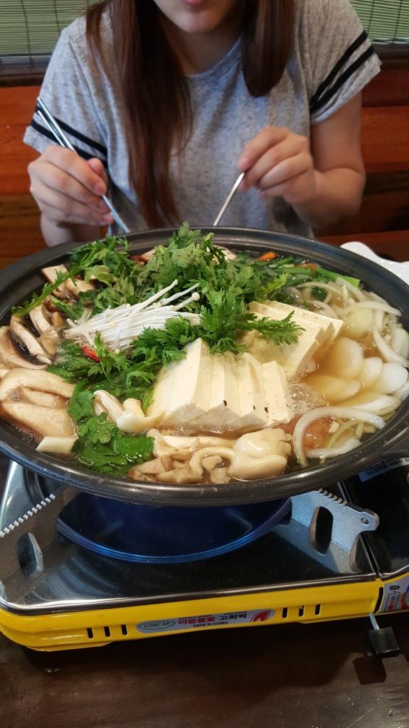 Dubu-Beoseot-Jeongol - Mushroom and Tofu Hotpot